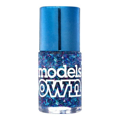 Closeup   564 modelsown web
