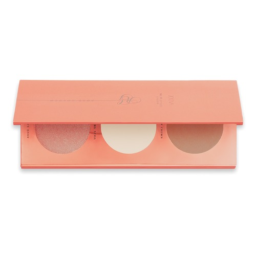 Closeup   rose golden blush palette 01 web