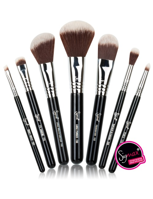 Sigma Beauty Best Of Sigma Beauty Brush Kit 122 Value: Buy Sigma Beauty Travel Kit - Mr. Bunny 309g